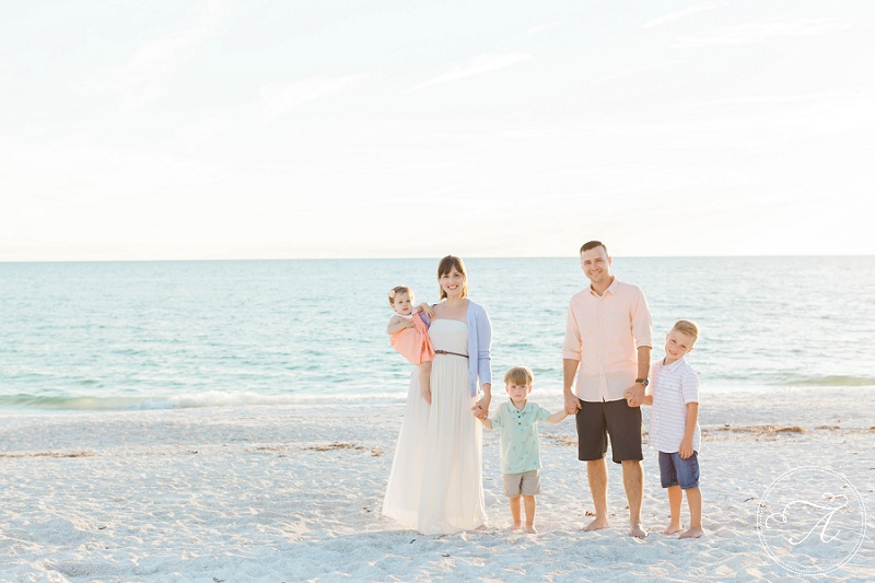 annamaria_island_family_beach_photography_neutral_sand03